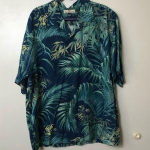 Men's Tommy Bahama Hawaiian Button Down. Size XL